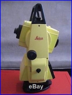 LEICA Builder R200M Reflectorless Total Station