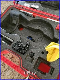 Leica TCR307 Total Station for Surveying with Case & Accessories Tripod